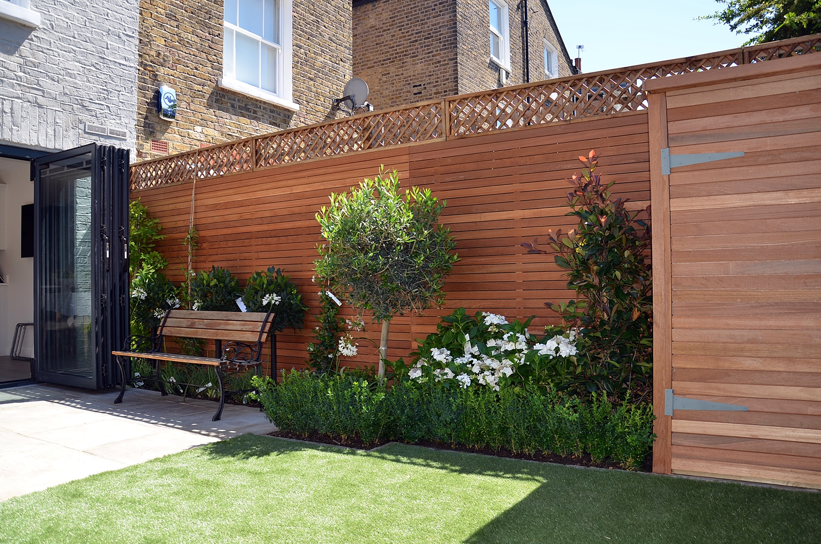 hardwood privacy screen horizontal slatted fence london