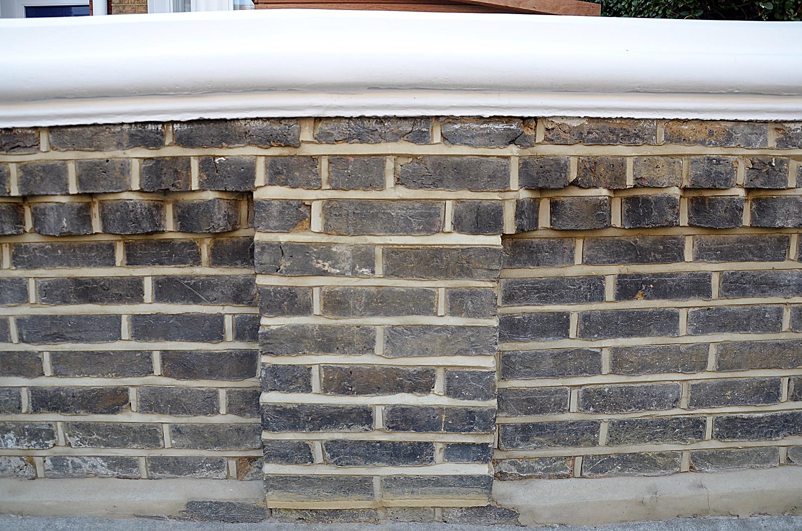 brick-front-garden-wall-low-maintenance-london-balham-clapham-wandsworth