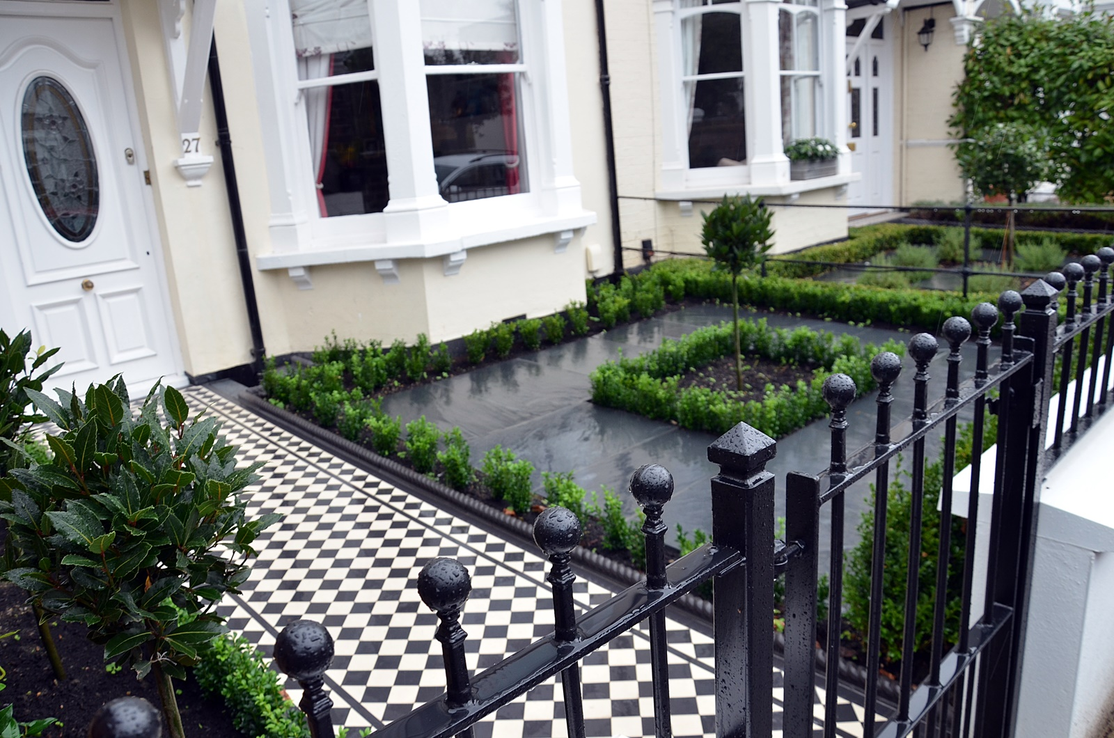 design-modern-front-garden-company-london