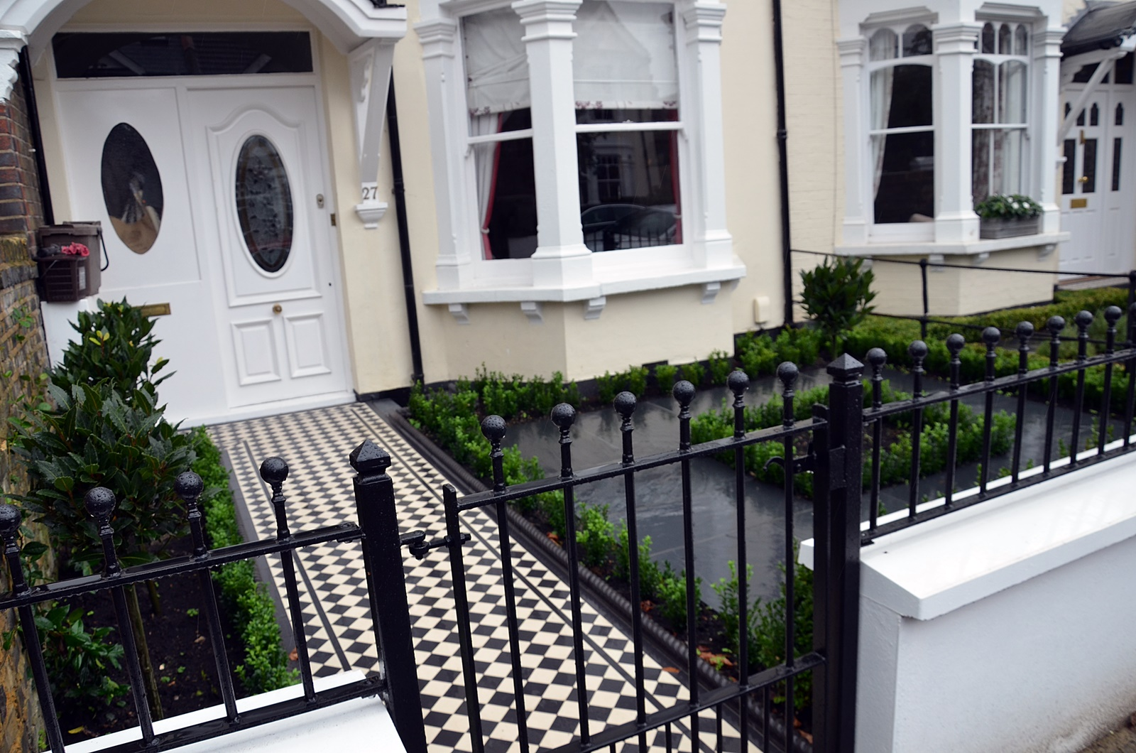 design modern front garden company london
