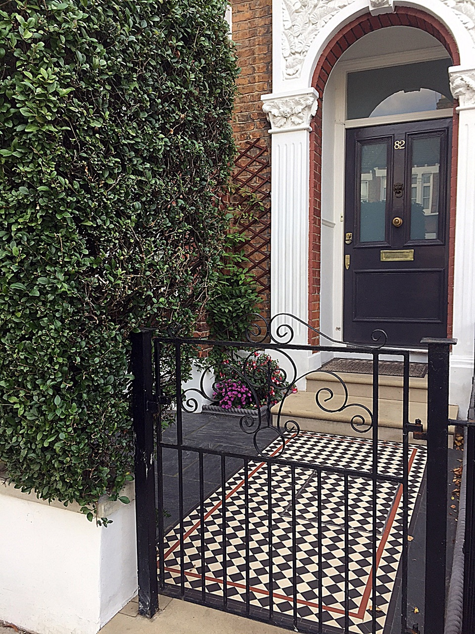 multi-colour-victorian-mosaic-metal-rails-gate-paving-path-tile-low-maintenance-london-balham-clapham-wandsworth