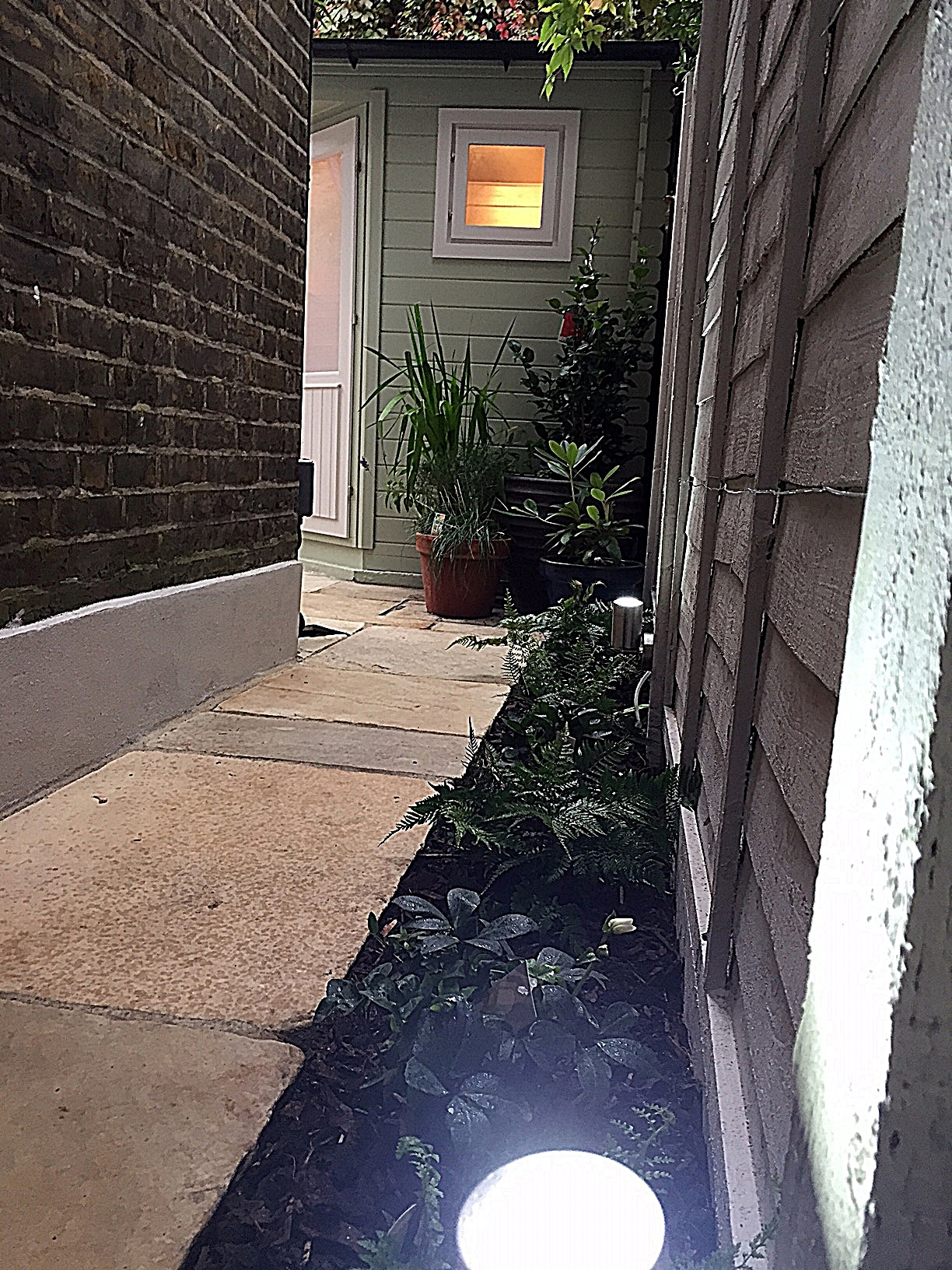 path-paving-tile-lighting-planting-wooden-panel-fence-london-balham-clapham-wandsworth-earsfield