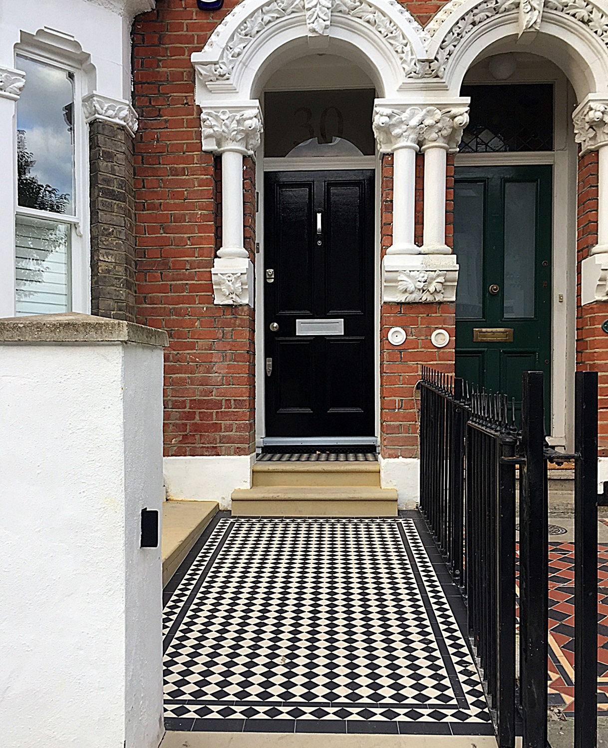 victorian-black-and-white-mosaic-wrought-gate-rails-path-london-balham-clapham-wandsworth-fulham