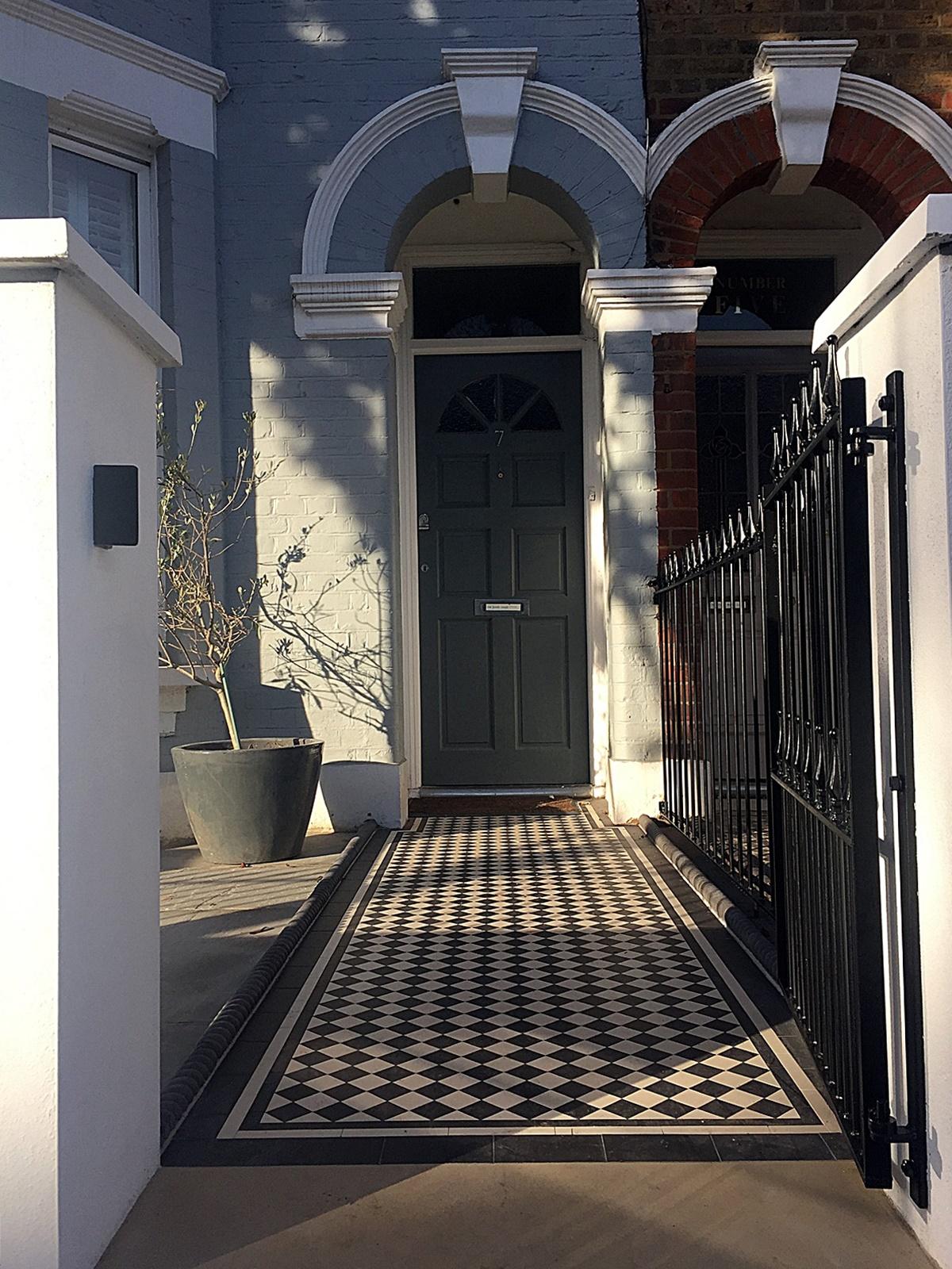 white-render-wall-york-stone-victorian-mosaic-clapham-balham-wandsworth-streatham