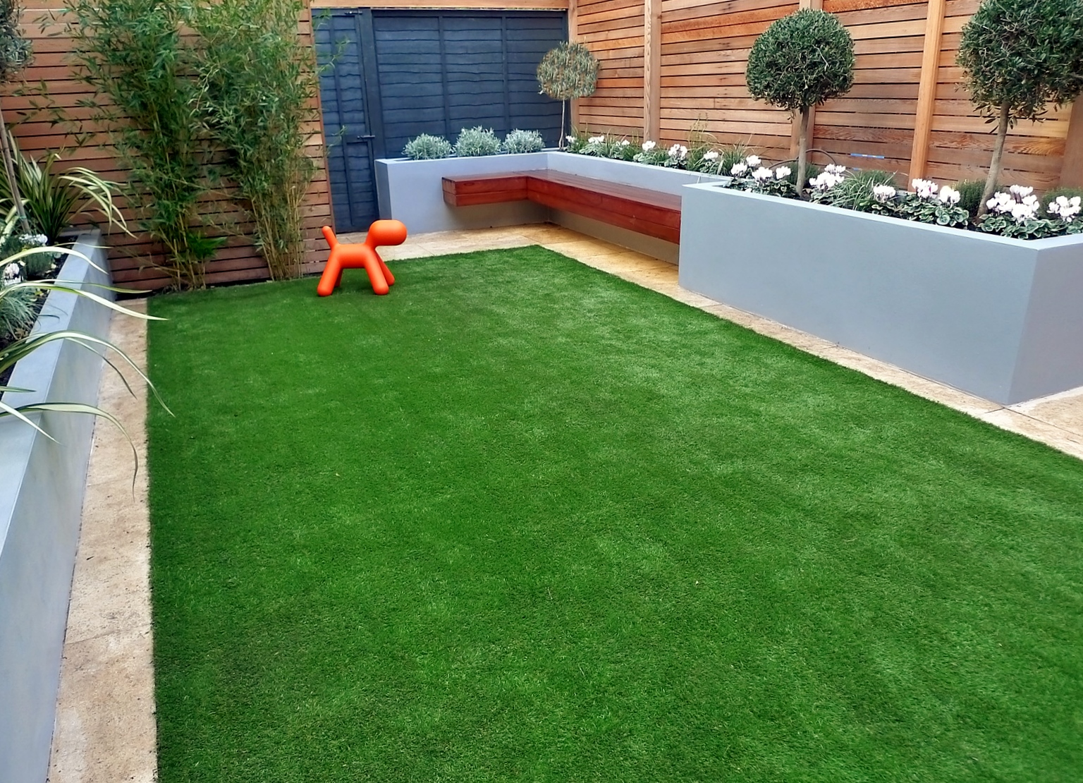 Modern Garden Design Artificial Grass Raised Beds Cedar