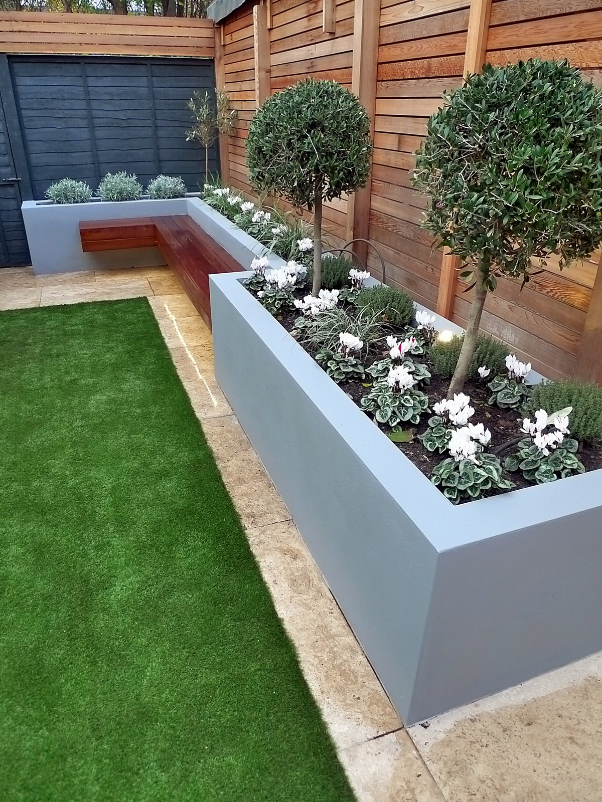 modern garden design artificial grass raised beds cedar ...