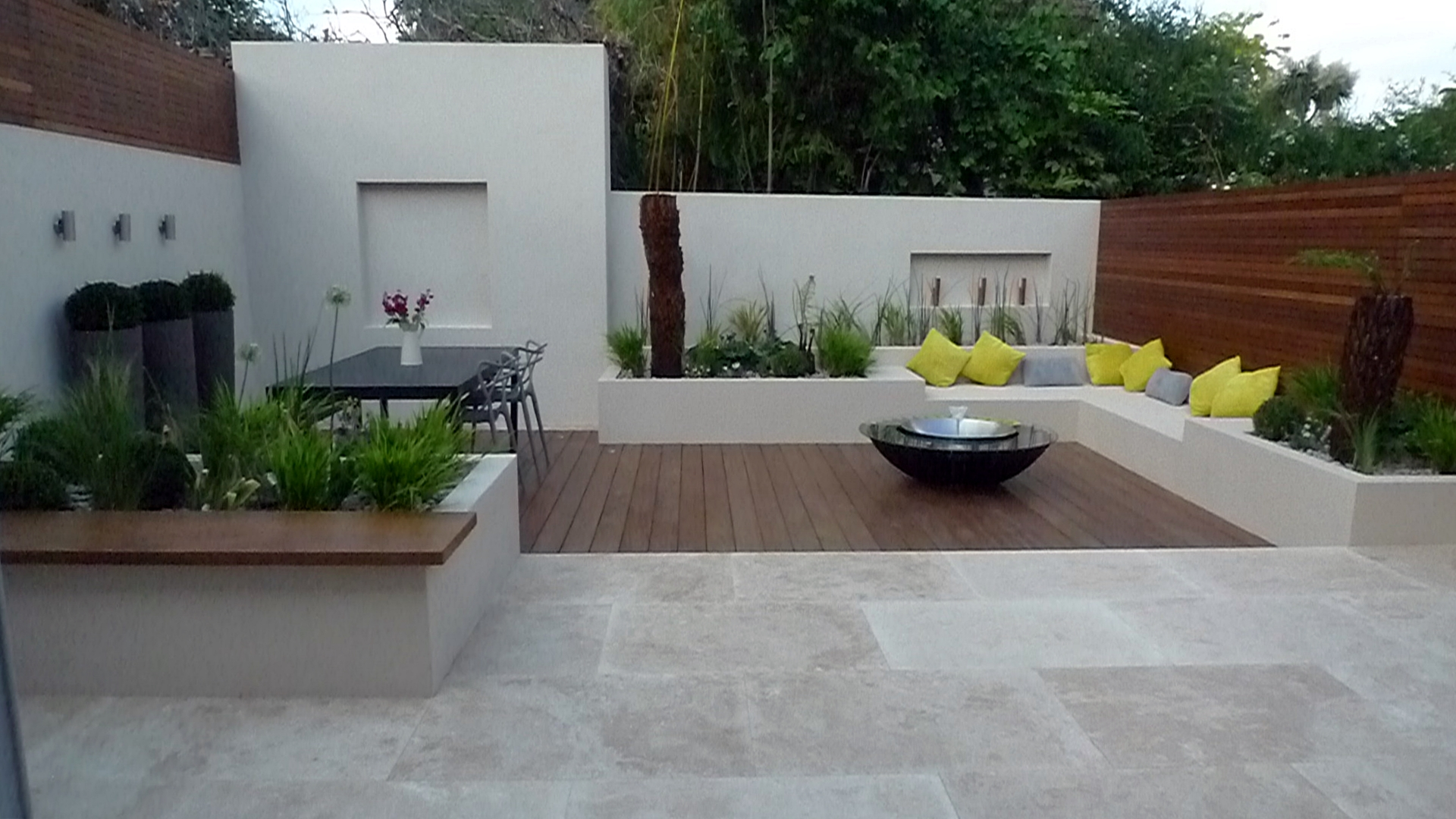 Modern garden design cat howard archives london garden blog for Patios minimalistas